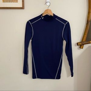 Under Armour boys compress cold gear long sleeved